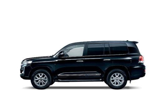 Аренда Toyota Land Cruiser 200 в Санкт-Петербурге от